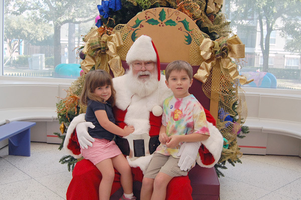 Pictures with Santa at The Children's Museum