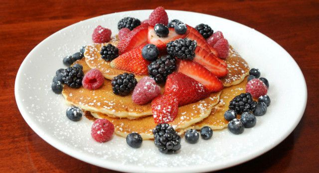 Wildberry Pancakes and Cafe Chicago