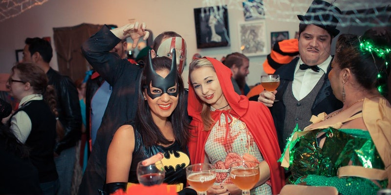 Halloween Bash & Costume Contest!