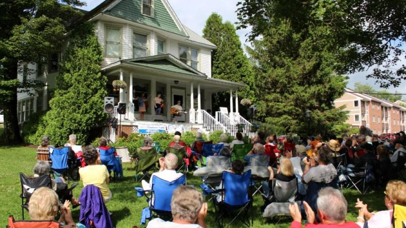 Concerts on the Jones House Lawn