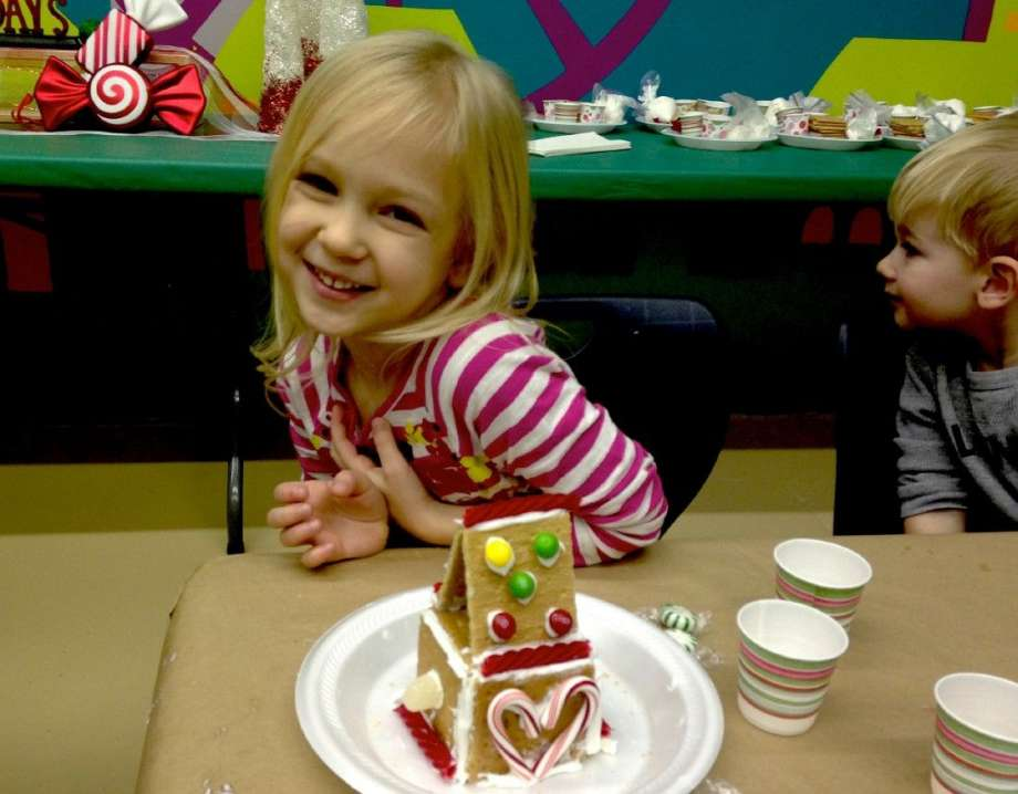Gingerbread Workshop at The Woodlands Children's Museum